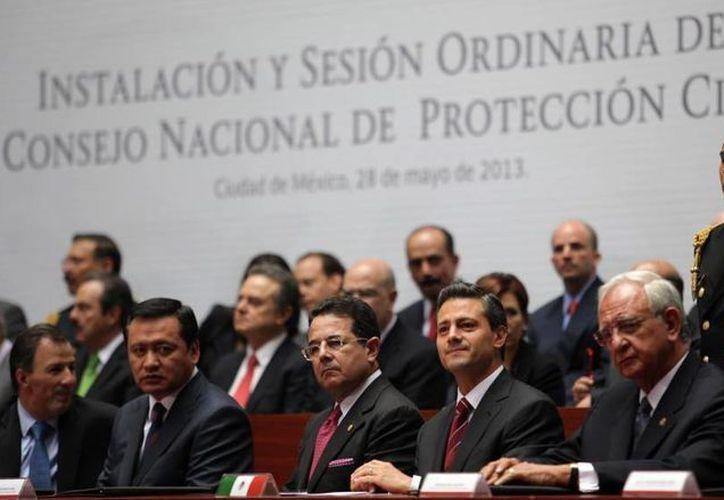Autoridades buscan establecer mejores condiciones en protección civil y hacer frente a eventos, siniestros o desastres. (presidencia.gob.mx)