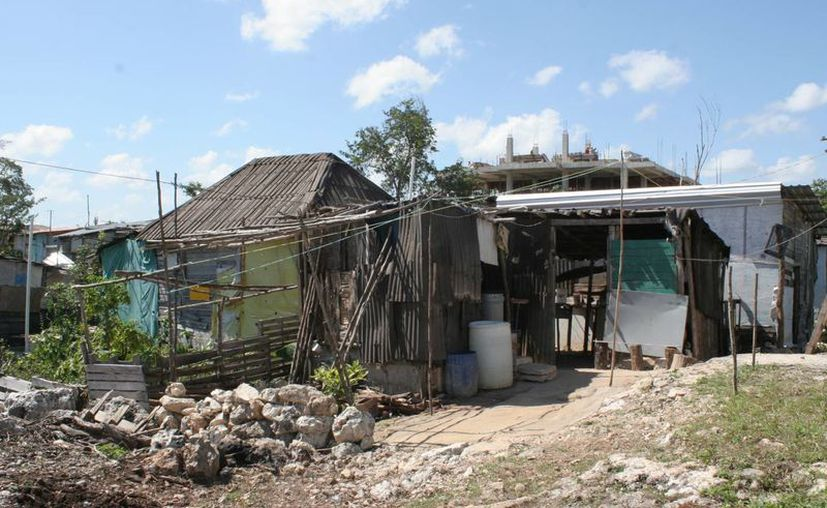 En el ordenamiento de asentamientos irregulares no entrarán las invasiones. (Tomás Álvarez/SIPSE)