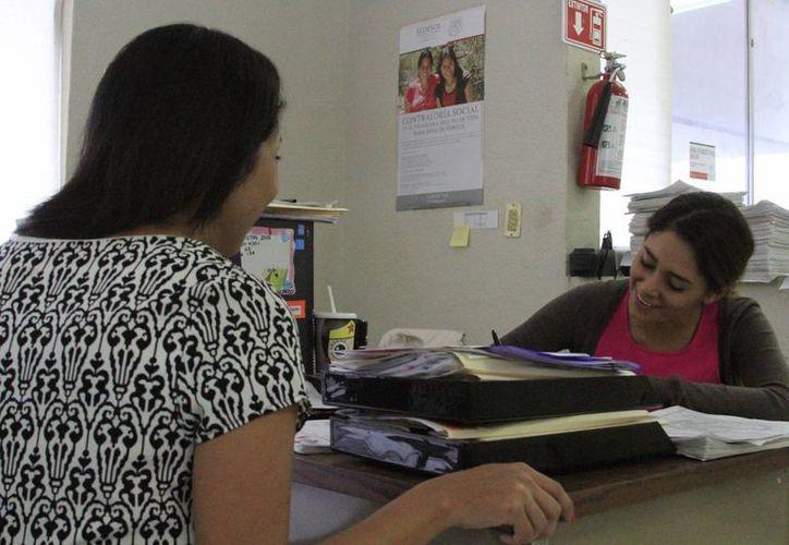 Beneficiarios reciben un apoyo económico, en algunos casos, hasta de mil pesos mensuales. (Ángel Castilla/SIPSE)