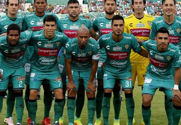 Este lunes el club chiapaneco publicó un mensaje con los hashtags #RegresaremosConMásGarra y #SiempreSeréJaguar. (Foto: Internet)
