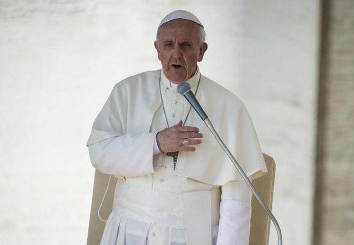 """Cuando anunció el encuentro con las víctimas de pederastia, en mayo pasado, el Papa Francisco afirmó: """"El abuso contra menores es un delito horrible, muy feo"""". (Archivo/Agencias)"""