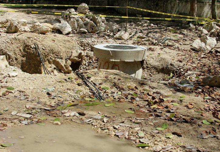 Organizaciones no Gubernamentales implementan programas de estimulación para que quienes no estén conectados al drenaje, lo hagan.  (Adrián Monroy/SIPSE)