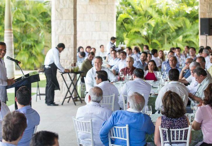 El evento de la Ampip se realizó en el Yucatán Country Club. (SIPSE)