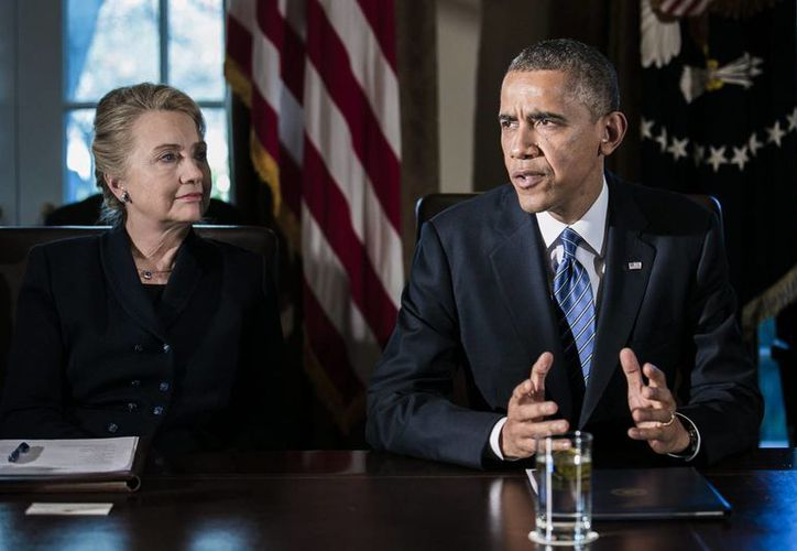Clinton dijo que el lema de Obama 'No hacer estupideces' no es un principio de organización política. (EFE)