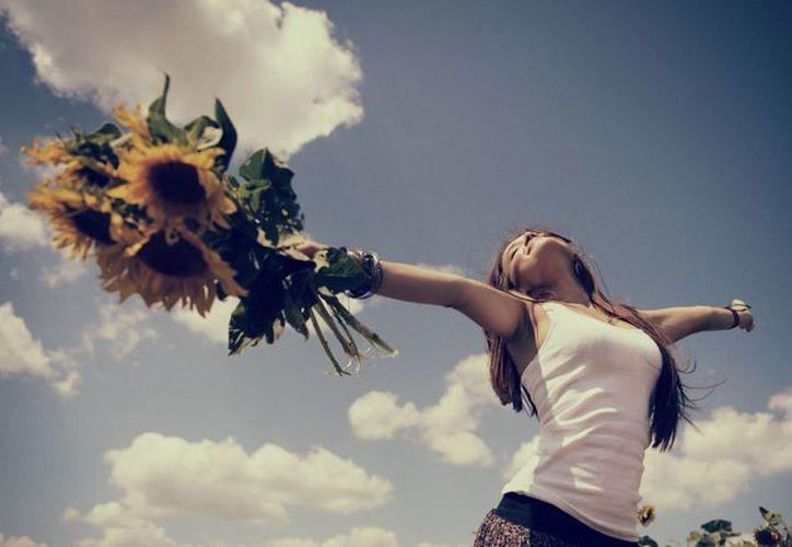 Un estudio reveló que un exceso de emoción positiva puede llegar a ser fatal para nuestra salud. (wallpaperscraft.com)