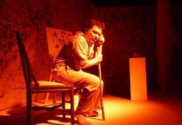 """La obra """"Identidad Mexicano"""" es una pieza escrita, dirigida y actuada por el actor Iván Gordillo. (Contexto/Internet)"""