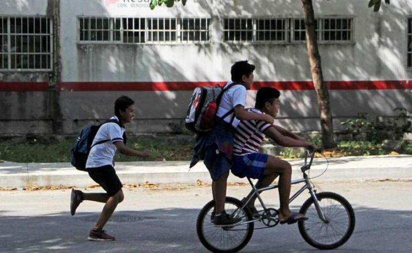 Este lunes las escuelas de todos los niveles no tendrán clases. (Novedades Yucatán)