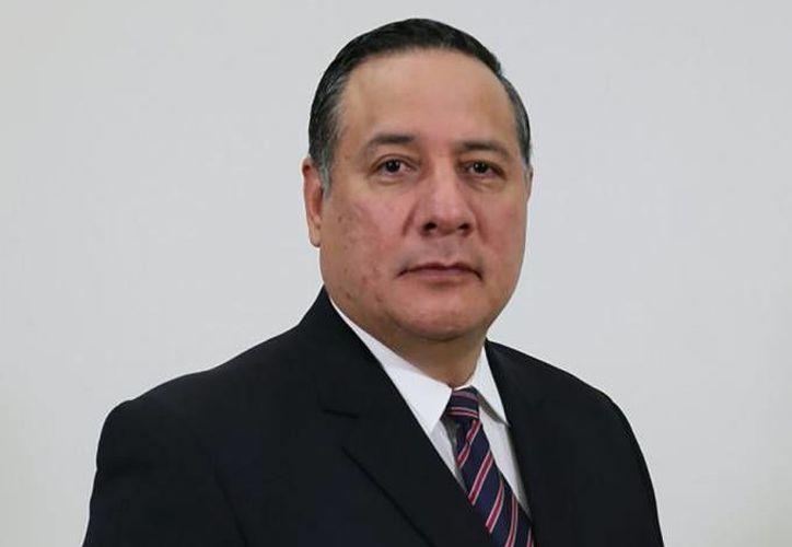 Salvador Sandoval Silva (foto) es el nuevo subprocurador Jurídico y de Asuntos Internacionales de la PGR en sustitución de José Alberto Rodríguez Calderón. (lacapitalmx.com)