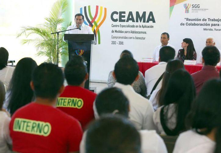 El Secretario de Gobierno destacó el modelo implementado en el Ceama. (Milenio Novedades)