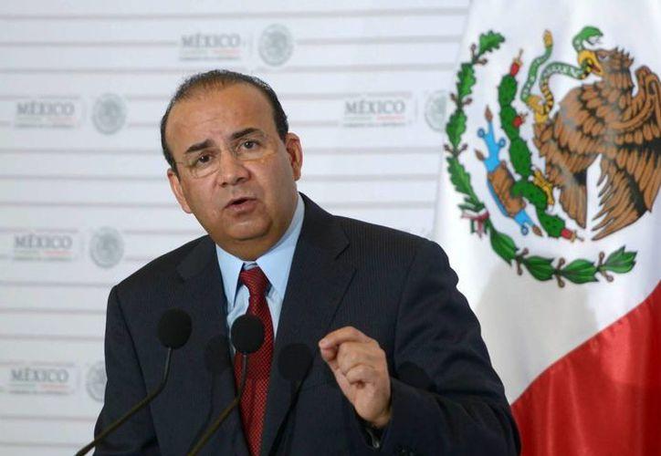 El secretario del Trabajo, Alfonso Navarrete Prida, dijo que la homologación de las zonas A y B servirá para construir un salario digno para las familias mexicanas. (Archivo/Notimex)