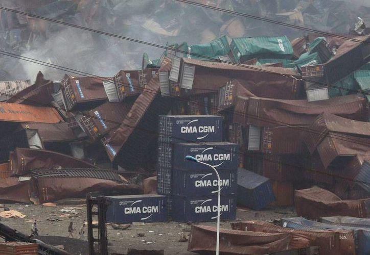 Una explosión causó varios heridos, en una fábrica de químicos, en China. La imagen no corresponde al hecho, sino al incendio que causó varios muertos en Tianjin, China, y está utilizada solo como contexto. (AP)