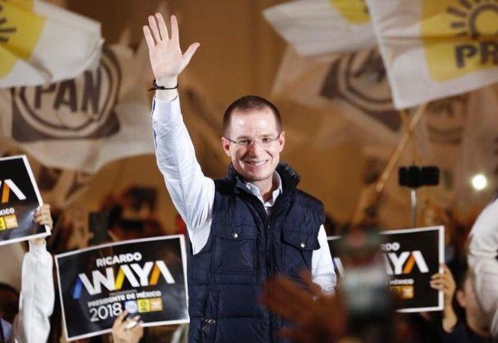 Legalmente Anaya tiene la posibilidad de retomar las riendas del partido. (Reforma)