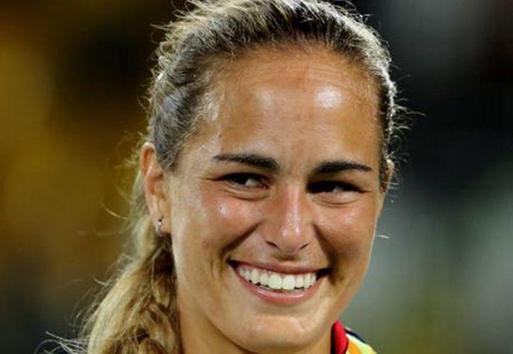 En Puerto Rico se estudia poner el nombre de una calle a la tenista Mónica Puig, quien ganó la primer medalla de oro olímpica para el país en Rio 2016, en la final ante la alemana Angelique Kerber. (EFE)