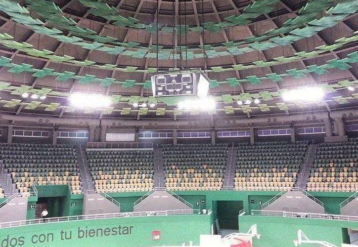 En el marco de la remodelación de la Unidad Deportiva Kukulcán, el Polifórum Zamná espera contar con un equipo de Liga Nacional de Baloncesto. (Jesús Erosa/SIPSE)