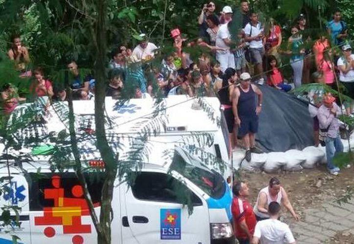 El Carmen se localiza en una zona rural cercana a la ciudad de Villavicencio, a unos 70 km al sureste de Bogotá. (@AndresMartinP7)