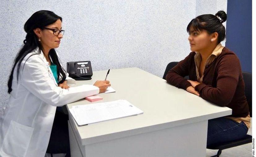 Para el programa se destinará casi la mitad de todas las contrataciones de personal que hará el Instituto el próximo año, que será de 10 mil 794 plazas. (Agencia Reforma)
