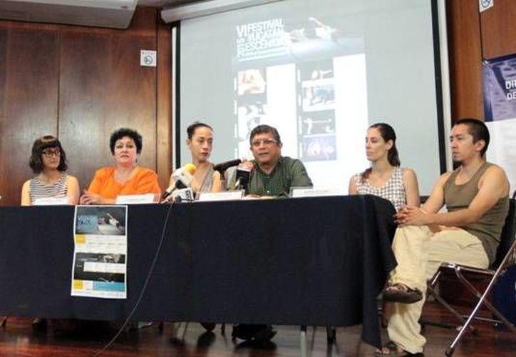 Presentan el VI Festival Yucatán Escénica que se llevará cabo en Mérida, del 6 al 14 de noviembre. (Milenio Novedades)