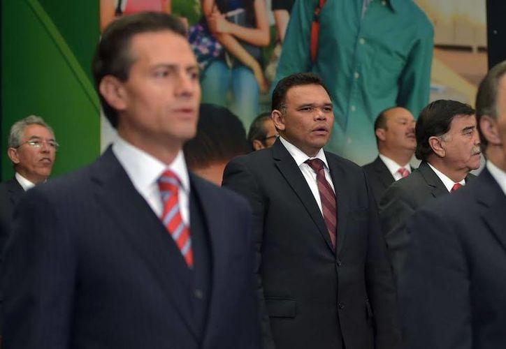 El gobernador de Yucatán, Rolando Zapata Bello, convivirá  con enfermeros y enfermeras en su día. (SIPSE)