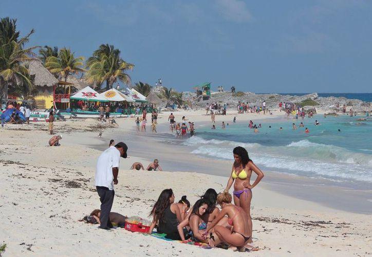 La cadena TVB Record Brasil promocionará a Cozumel a través de seis programas, que transmitirá semanalmente a partir de noviembre próximo.  (Gustavo Villegas/SIPSE)