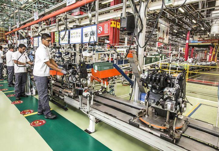Sigue en aumento el personal ocupado en la industria manufacturera. (Notimex/Archivo)