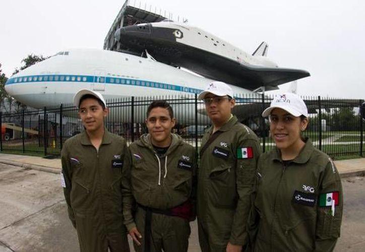Los cuatro jóvenes retornan hoy a Cancún. (Cortesía/SIPSE)