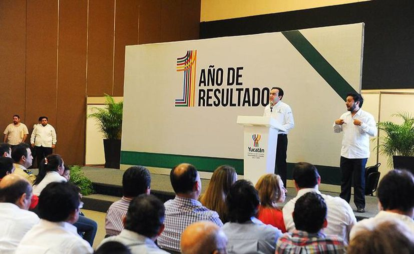 Sobre Recicla por tu Bienestar, Torres Arcila detalló que se benefició a más de 39 mil habitantes de Mérida y 9 municipios al retirar más de una tonelada de criaderos de moscos. (Cortesía)