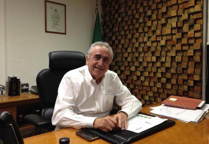 El titular de la AAFY, Carlos Pasos Novelo, dijo que en el segundo semestre de 2014 recuperaron 398 mil pesos. (SIPSE)