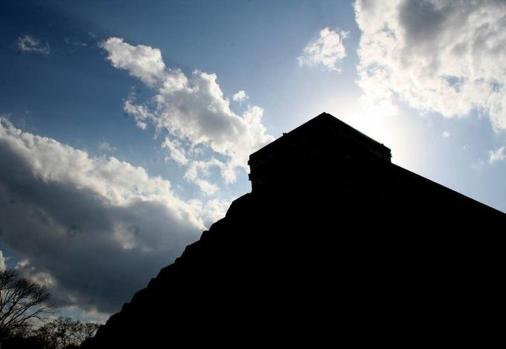 El fenómeno arqueoastronómico que se registra en Chichén Itzá al inicio de la primavera motiva la llegada de viajeros a Mérida. (SIPSE)