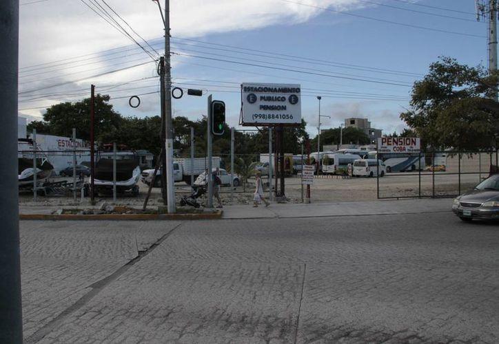 este fin de semana fueron cerrados 10 establecimientos, y se detectaron 150 irregulares. (Tomás Álvarez/SIPSE)