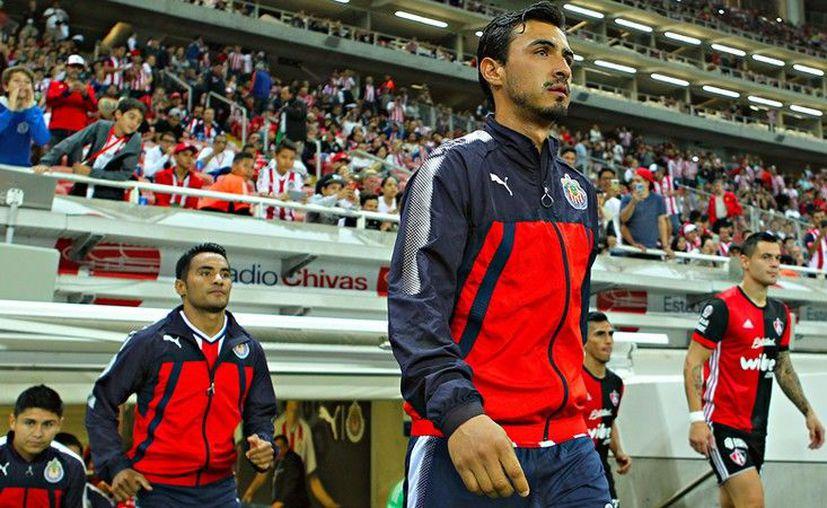 Oswaldo Alanís seguirá su relación con Chivas hasta el final del Clausura 2018. (Imago7)