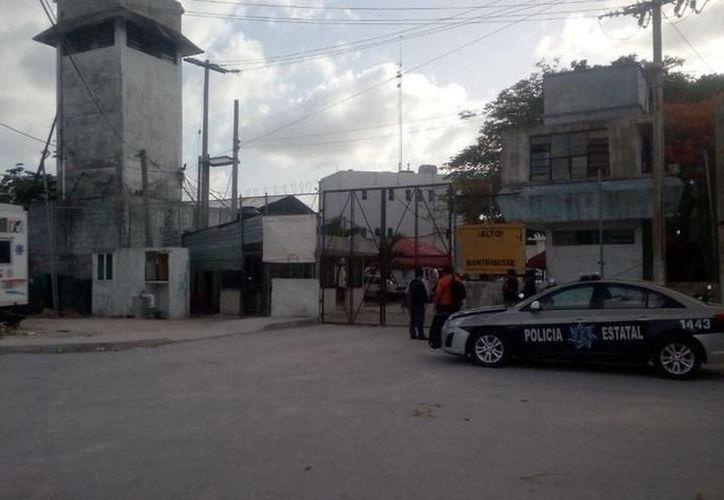 en el penal de Cancún es bajo el número de reclusos que acuden a los grupos de Alcohólicos Anónimos. (Redacción/SIPSE)