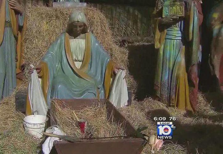 La figura del niño Jesús está valuada en más de dos mil dólares. (local10.com)