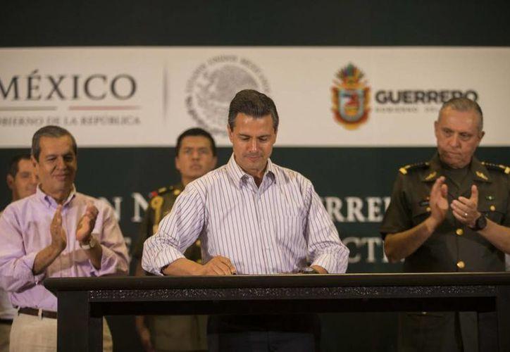 Peña Nieto dijo que por la situación que se vive en Guerrero, el Estado necesita el respaldo de todos los mexicanos. (Presidencia)