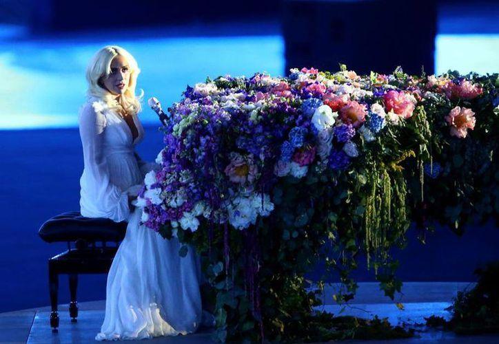 Lady Gaga durante su participación en la inauguración de los Juegos Deportivos Europeos en Azerbaiján. (Fotos: mundodeportivo.com)