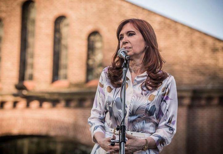 Cristina Fernández ha sido acosada por múltiples denuncias por presunta corrupción. (facebook.com/CFKArgentina)