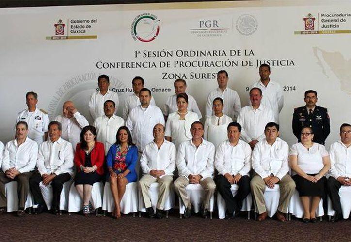 Celia Rivas representa a los procuradores de Oaxaca, Tabasco, Campeche, Veracruz, Chiapas, Quintana Roo y Guerrero. (Milenio Novedades)