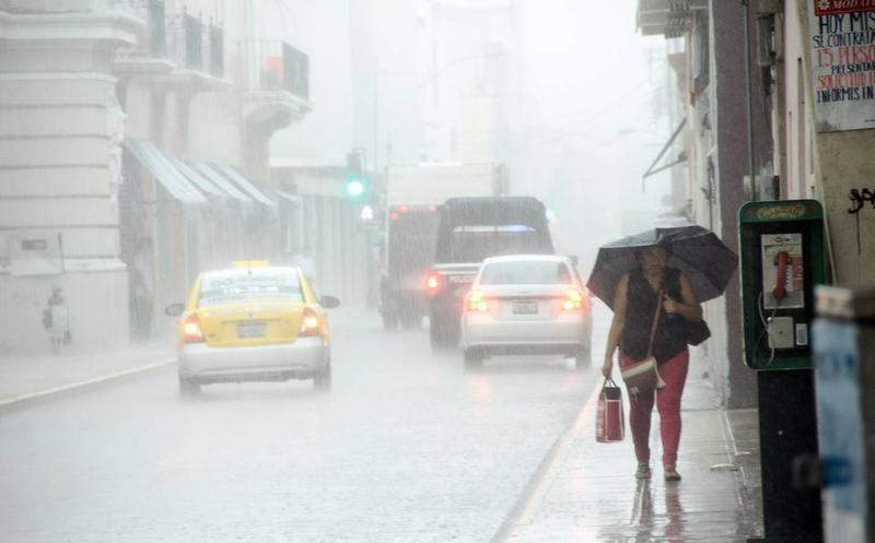 Se mantiene potencial de lluvias en SLP