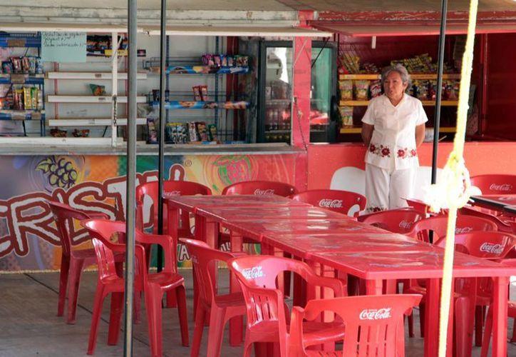 La SSE capacita a los encargados de preparar los alimentos en colegios. (SIPSE)