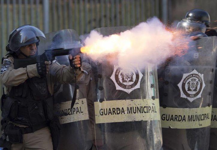 En los últimos meses se han registrado violentas protestas en Río de Janeiro. (AP/Leo Correa)