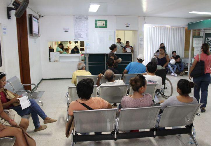 El Sinave presentó un reporte sobre los casos de conjuntivitis. (Joel Zamora/SIPSE)