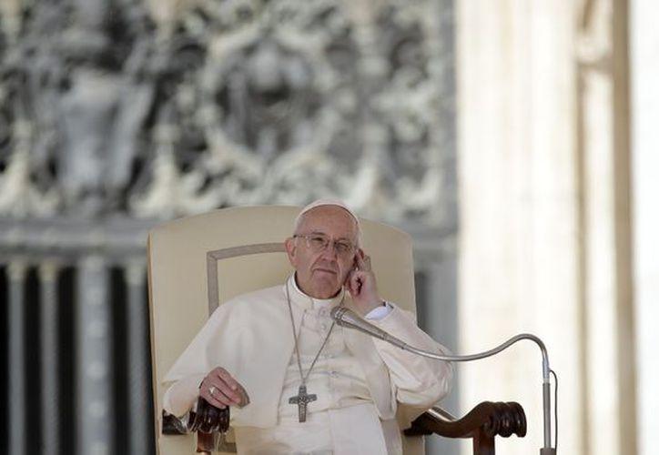 Las versiones divergen en los medios de comunicación sobre si los hombres almorzaron o no con el Pontífice argentino antes de desaparecer. (AP)