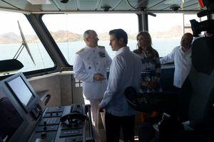Peña Nieto encabeza el Día de la Armada de México