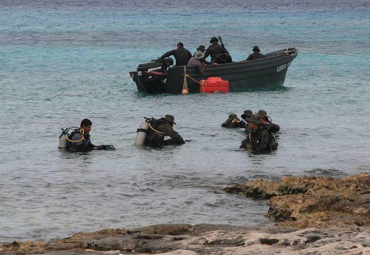 El elemento perdió la vida mientras realizaba una actividad como parte del entrenamiento anfibio. (Julián Miranda/SIPSE)