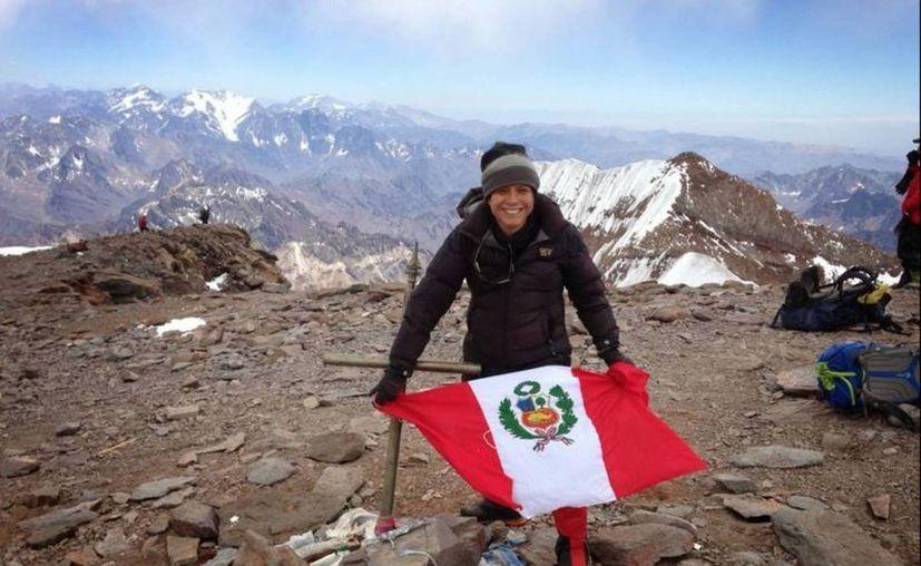 Silvia Vásquez-Lavado logró lo que ningún hombre o mujer peruano: alcanzar la cumbre del Monte Everest. (andina.com.pe)