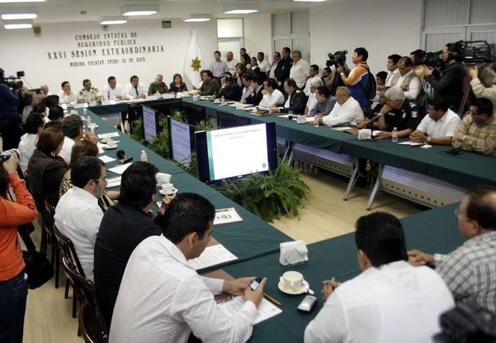El Gobierno de Yucatán adquirirá al menos 200 camionetas nuevas, equipadas para las policías municipales. (C. Ayala/SIPSE)