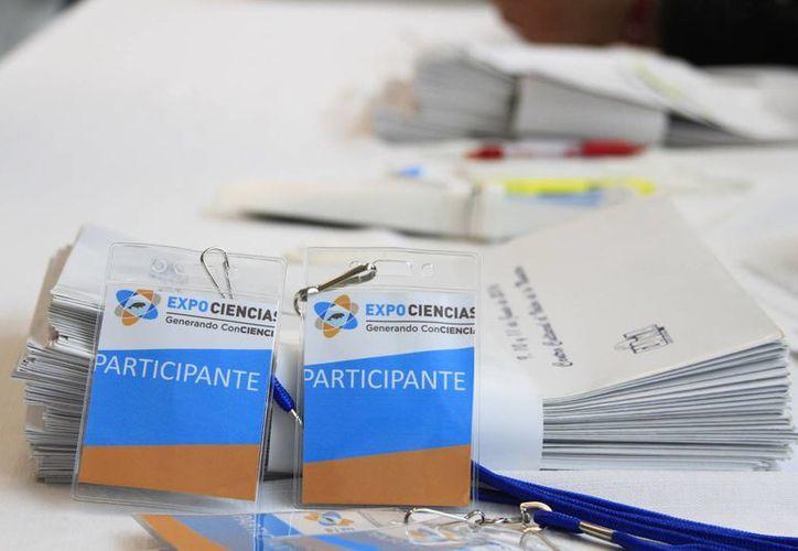 La primera Expociencia de Quintana Roo participan 38 proyectos. (Ángel Castilla/SIPSE)