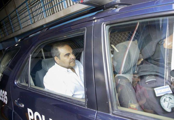 El expresidente salvadoreño Antonio Saca podría pasar 12 años en la cárcel por peculado. (EFE)