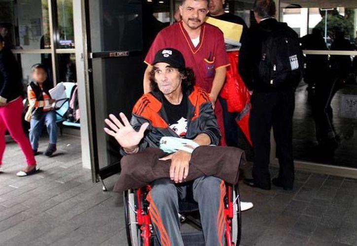 """Ricardo González, mejor conocido como """"Cepillín"""", fue dado de alta este martes tras ser ingresado al hospital por una insuficiencia cardiaca el pasado 25 de septiembre, en la Ciudad de México. (expreso.press)"""
