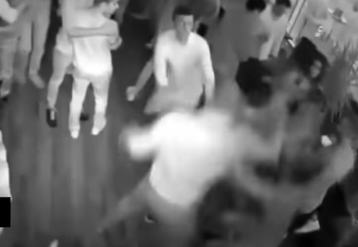 Dos de los seis afectados fueron trasladados al hospital de emergencia. (Foto: Captura del video)