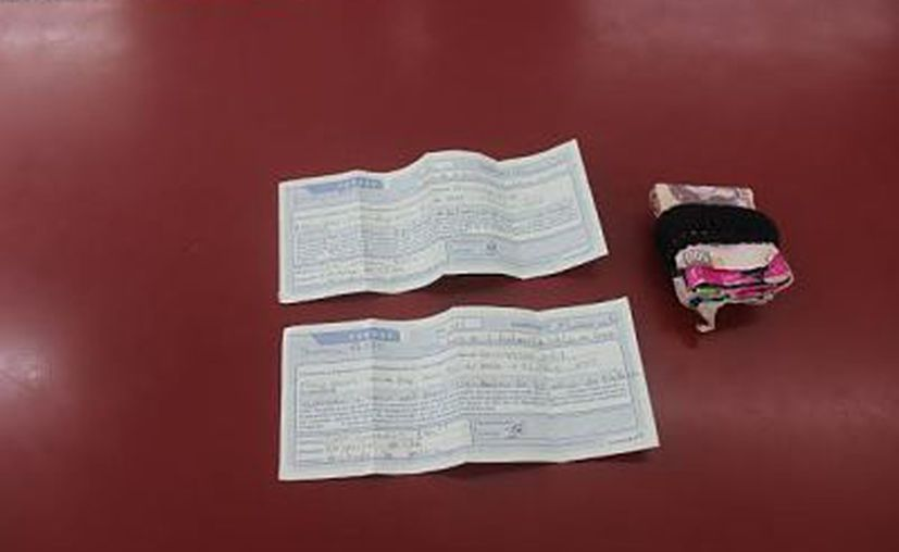 La juez le impuso a una mujer varias medidas cautelares, tras imputarle el delito de falsificación de documentos por intentar el cobro de pagarés que resultaron falsos. La imagen no es del hecho; está utilizada con fines ilustrativos.